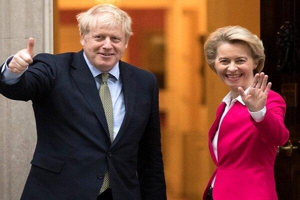 گفتگوی تلفنی جانسون و رئیس کمیسیون اروپا آغاز شد