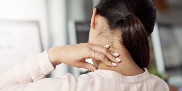 8 راه حل ساده برای درمان خشکی گردن