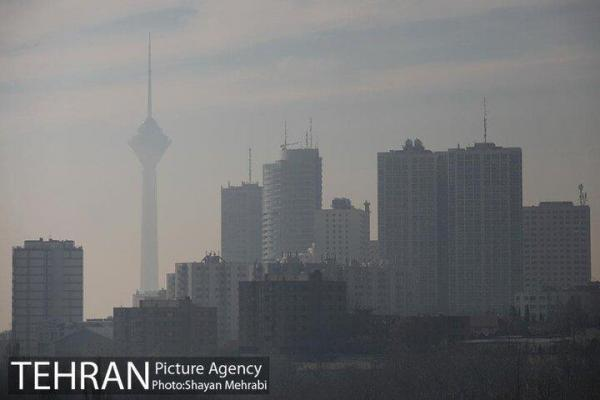 هوای تهران همچنان برای گروه های حساس ناسالم