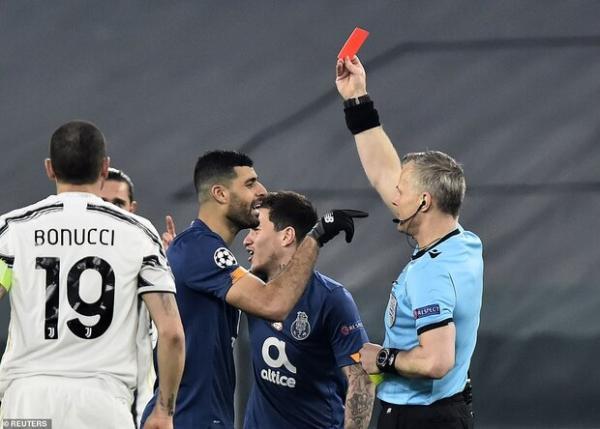 دو رفتار غیرحرفه ای مهدی طارمی در بالاترین سطح فوتبال دنیا