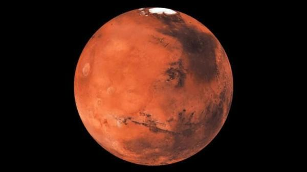 (تصویر) چهره ای مرموز در سطح سیاره سرخ پیدا شد!