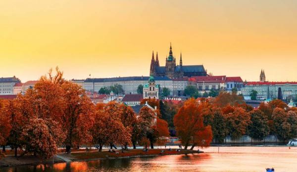 تور ارزان اروپا: برترین مقاصد اروپایی در فصل پاییز